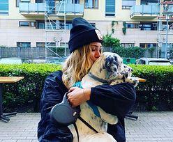 Dzień Psa. Jessica świętuje z psem, którego adoptowała z Milikiem