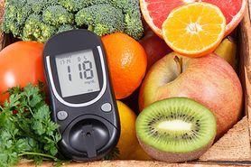 Diabetyk - indeks glikemiczny i produkty dla diabetyków. Jakie warzywa i owoce może jeść cukrzyk? Czy może pić mleko?