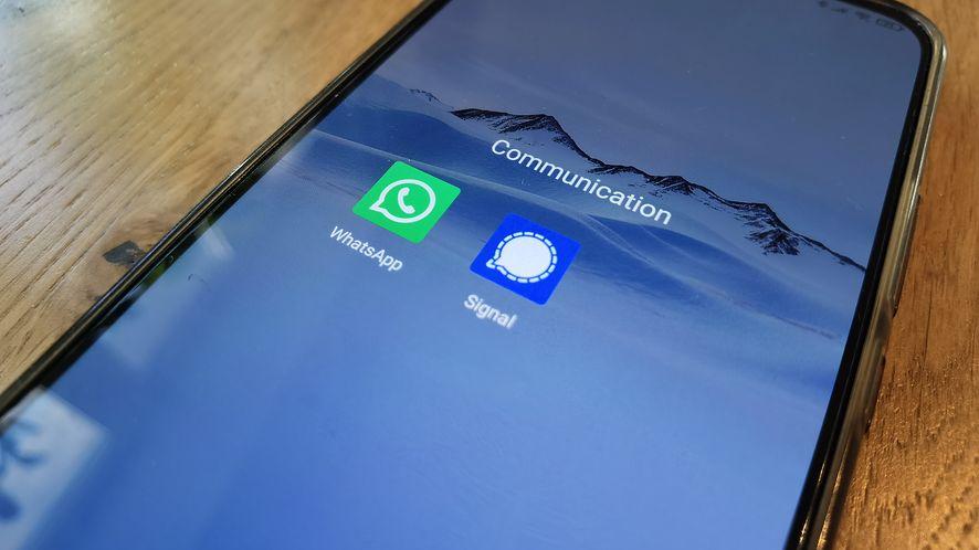 Signal oferuje podobne funkcje do WhatsAppa /fot. dobreprogramy