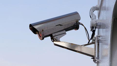 FBI ostrzega przed nowym atakiem. Hakerzy przejmują dostęp do alarmów domowych
