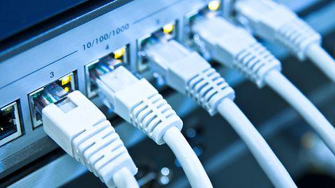 Ignorowanie bezpieczeństwa sieci w firmach nie popłaca. Niepokojący trend prowadzi do strat