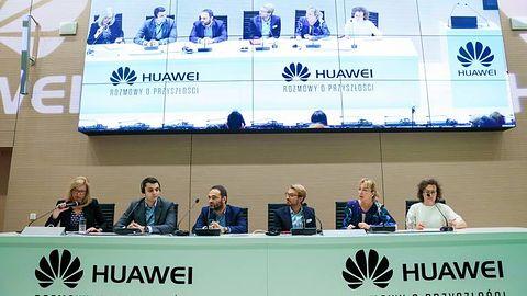 Czy sztuczna inteligencja zniszczy nam życie? Rozmowy o przyszłości z Huawei