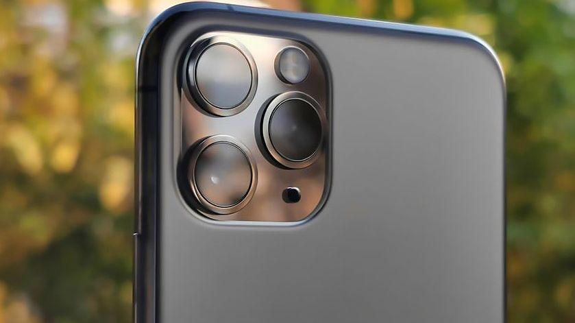 iPhone 11 otrzyma możliwość naprawy lub wymiany baterii /fot. Miron Nurski