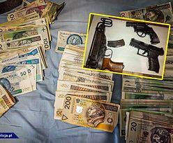 """W """"agencji nieruchomości"""" pracowało 60 kobiet. Znaleziono gotówkę i broń maszynową"""