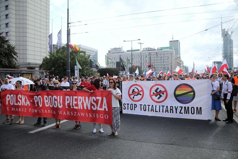 Wstrząs w Warszawie. Zdjęcia lotem błyskawicy obiegły internet