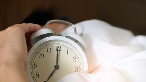 Zmiana czasu na zimowy – inteligentny budzik sprawi, że wstaniesz wypoczęty