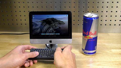 Najmniejszy iMac świata. Ma wysokość półlitrowej puszki Red Bulla