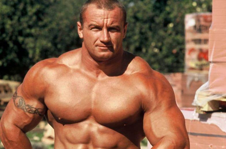 Pudzianowski pokazał się z piękną fitnesską. Zdjęcie rozgrzało internet