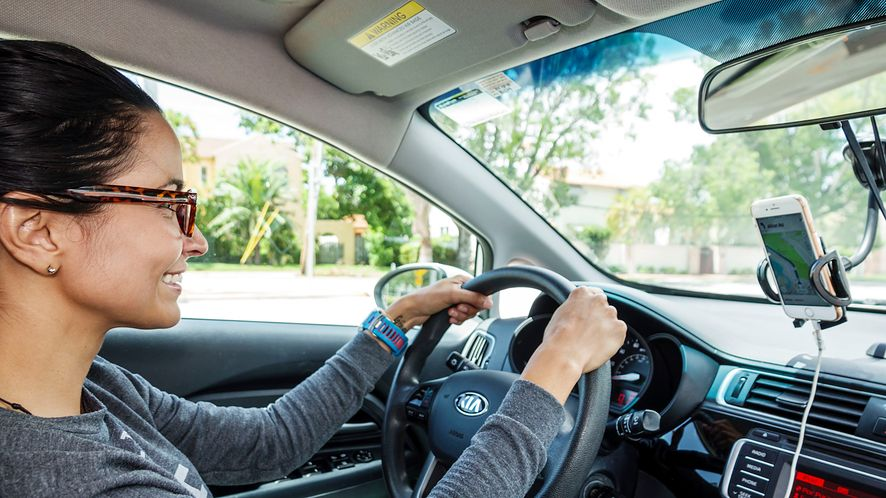 AutoMapa dostępna za darmo dla nowych użytkowników na Androidzie, fot. Getty Images