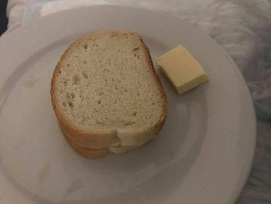 Taki posiłek dostała do kobieta w szpitalu w Płocku