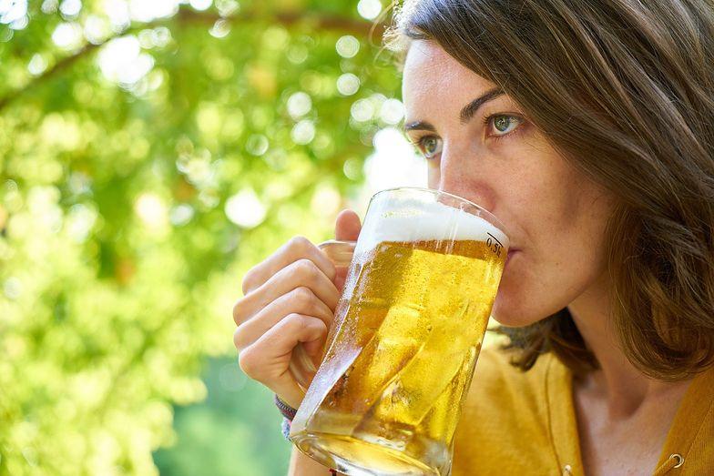 Czy po szczepieniu można pić alkohol? Jasna odpowiedź ministra zdrowia