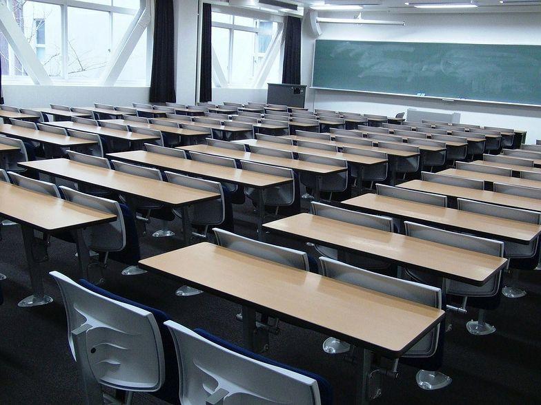 Co z powrotem do szkół? Koniec e-lekcji od 1 września? Będą nowe zasady