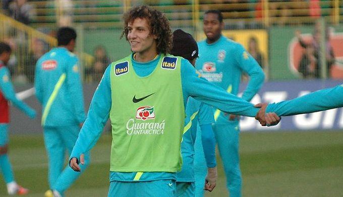 36be7addc Oficjalnie: David Luiz piłkarzem Chelsea - WP SportoweFakty