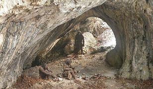 Rekonstrukcja obozowiska neandertalczyków w Jaskini Ciemnej na terenie Ojcowskiego Parku Narodowego