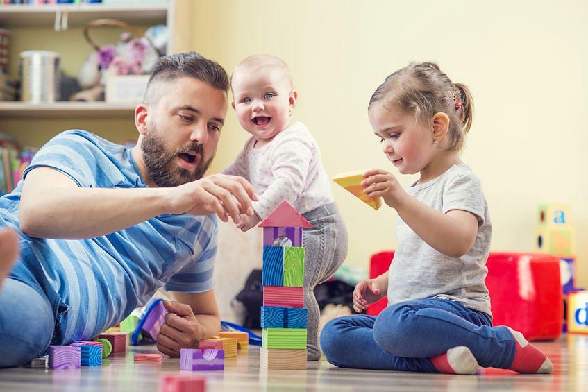 Rodzice poświęcają dziecku czas