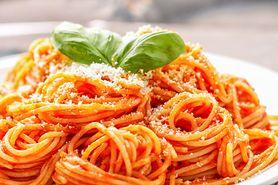 Spaghetti włoskie z sosem pomidorowym (bez mięsa)