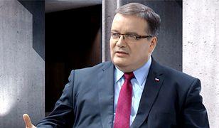 Andrzej Dera: Polska nie powinna być liderem w wymachiwaniu szabelką