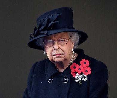 """Pokazali je w """"The Crown"""". Życie kuzynek Elżbiety II było piekłem na ziemi"""