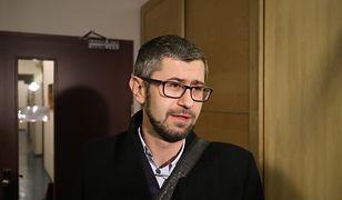 Szef Porozumienia Rezydentów Krzysztof Hałabuz mówi Wirtualnej Polsce o atakach na lekarzy.