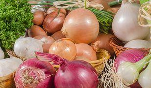 Tego nie wiedziałeś o cebuli. Warto jeść ją nawet codziennie!