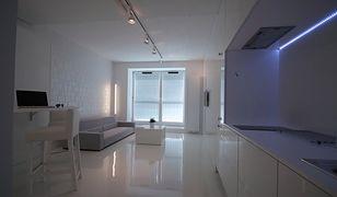 Posadzka epoksydowa - pomysł na podłogę w stylu przemysłowym