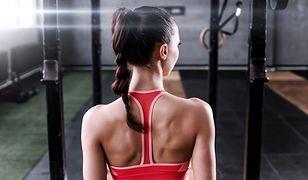 Mięśnie pleców - budowa i funkcje. Przykładowe ćwiczenia na mięśnie pleców