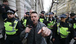 Tommy Robinson, prawicowy dziennikarz i aktywista, wyjdzie z więzienia za kaucją