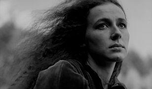 """Bożena Krzyżanowska - kadr z filmu """"Ognisty anioł"""" z 1985 r."""