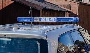 Radiowozem kierował pracownik cywilny, który odbywał przejazd techniczny.