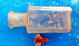 Żukowo: Wykopano butelkę sprzed 600 lat. Zobacz, co było w środku