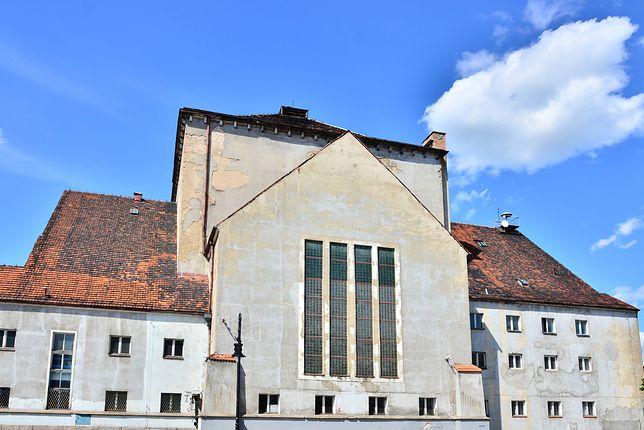 Podczas II wojny światowej Niemcy przebudowali świątynię na pływalnię