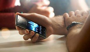 Jak często zerkasz na telefon? Myślisz, że rzadziej od innych?