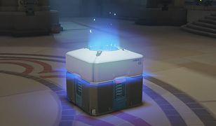 Loot Box w grze Overwatch.