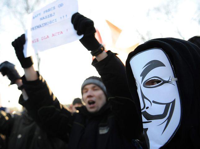 Polacy popierają protestujących przeciw ACTA