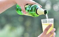 Tanie wina owocowe tracą rynek. Polska branża potrzebuje zmian w prawie