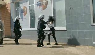 Akcja policji w Głogowie. Kobieta powalona na ziemię