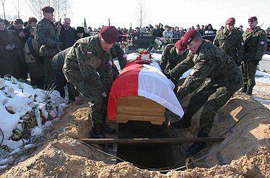 Pogrzeb polskiego żołnierza zmarłego w Iraku