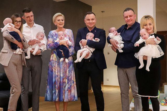 Andrzej Duda i Agata Kornhauser-Duda u sześcioraczków