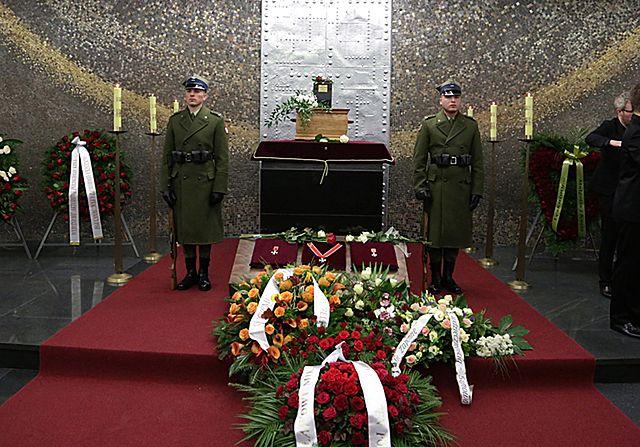 Ostatnie pożegnanie Stanisława Mikulskiego - zdjęcia