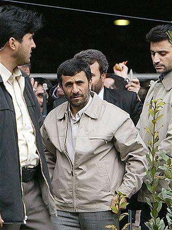 """""""Amerykanie zaatakują Iran 6 kwietnia o 6.00"""""""