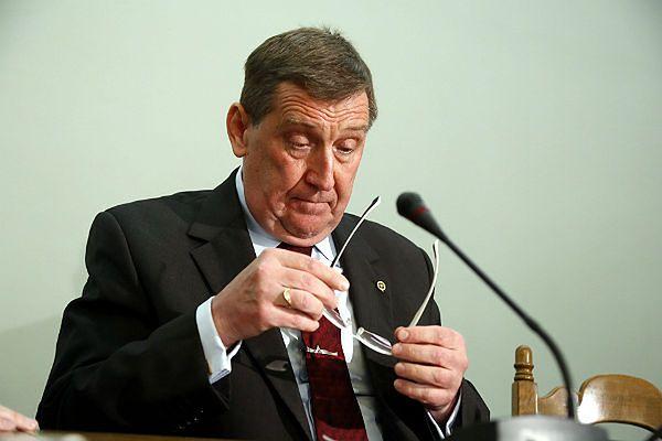 Prof. Jacek Rońda, ekspert zespołu Macierewicza: to był blef, na tym dokumencie nic nie było