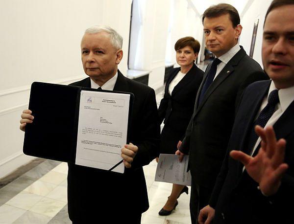 Prezes PiS Jarosław Kaczyński z posłami PiS