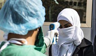 """Syria nie ma jak walczyć z koronawirusem. """"Żyją w strachu i jednym namiocie"""""""