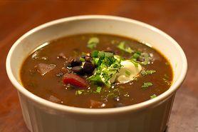 Zagęszczona zupa z czarnej fasoli (do kupienia gotowa do spożycia)
