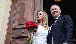 Jacek Kurski z żoną Joanną Kurską w dniu ślubu kościelnego