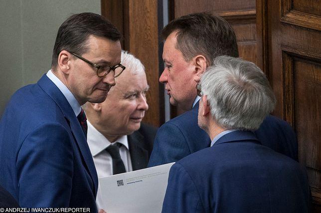 Premier Mateusz Morawiecki, prezes PiS Jarosław Kaczyński i szef MON Mariusz Błaszczak