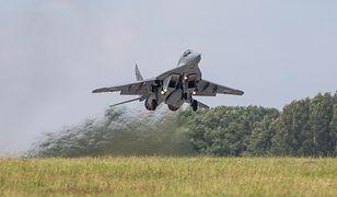 Nadarzyce. Media: pilot MiG-29 przypadkowo ostrzelał drugi myśliwiec na ćwiczeniach