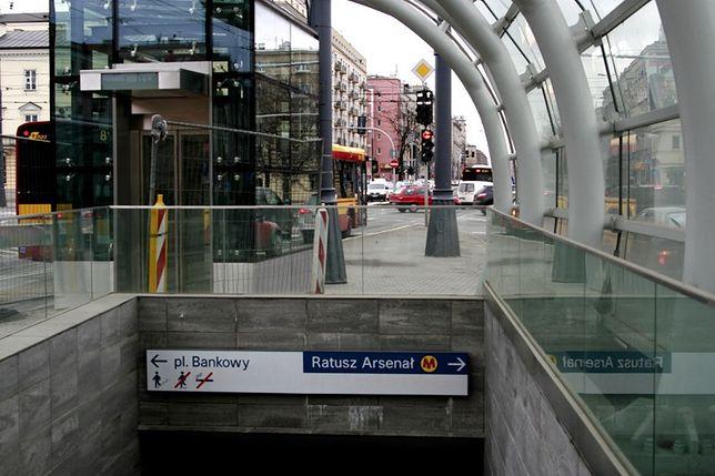 ZTM zawiesza linie, metro pojedzie rzadziej