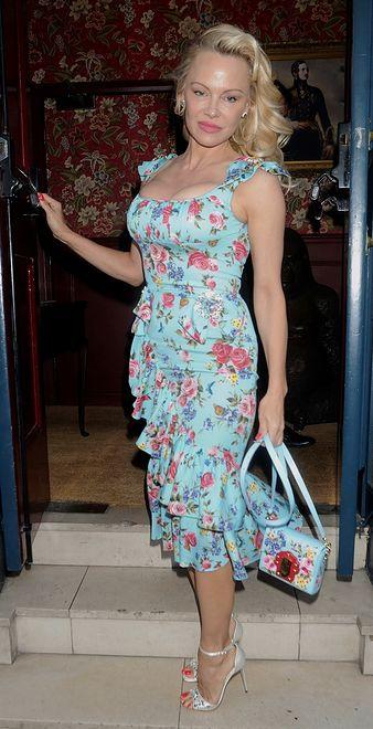 Pamela Anderson w sukience Dolce&Gabbana