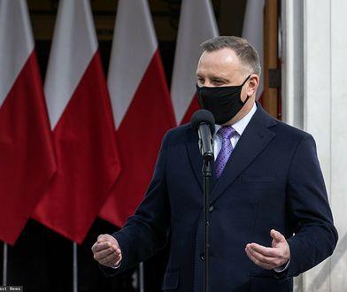 Marek Belka śmieje się z prezydenta. Andrzej Duda ripostuje, Donald Tusk odpowiada